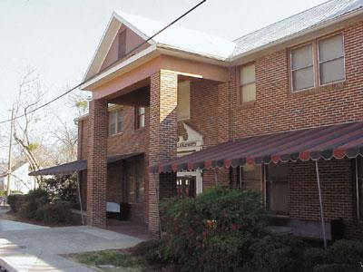 Auburn Hall - Apartment in Auburn, AL