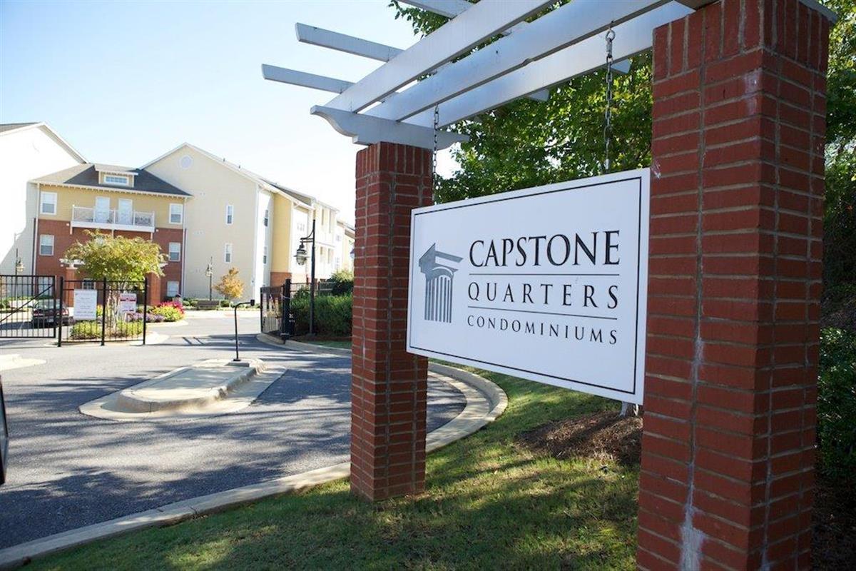 capstone quarters condos apartment in tuscaloosa al