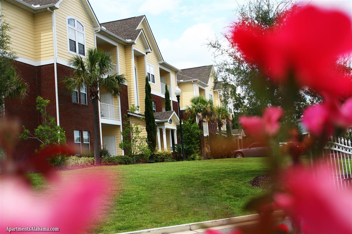 Cypress Cove - Apartment in Mobile, AL