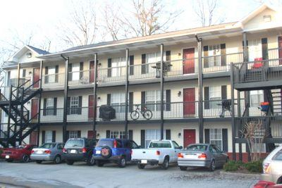 varsity condos apartment in auburn al